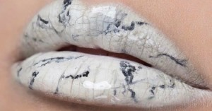 15636081_marble-lips-beauty-trend-has-women-painting_11e754c0_m