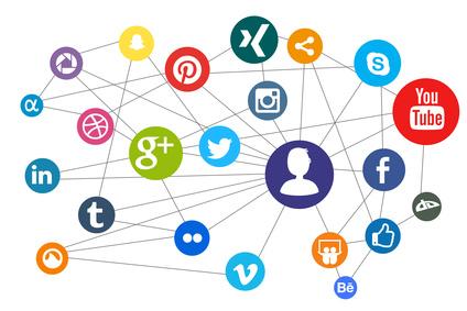 Netzwerk - Social Media - Der Mensch im Zentrum